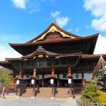 長野市の観光スポット20選。7年に1度の盛儀、善光寺御開帳が有名な街の定番から穴場まで。